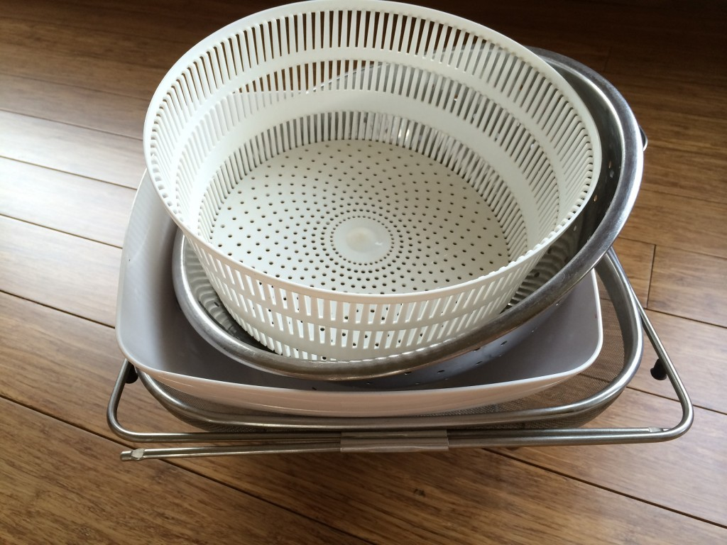 DIY Outdoor Garden Colander