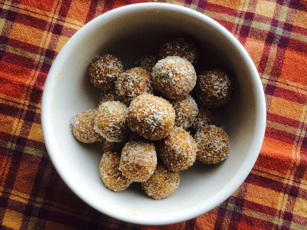 No-Bake Carrot Cake Balls